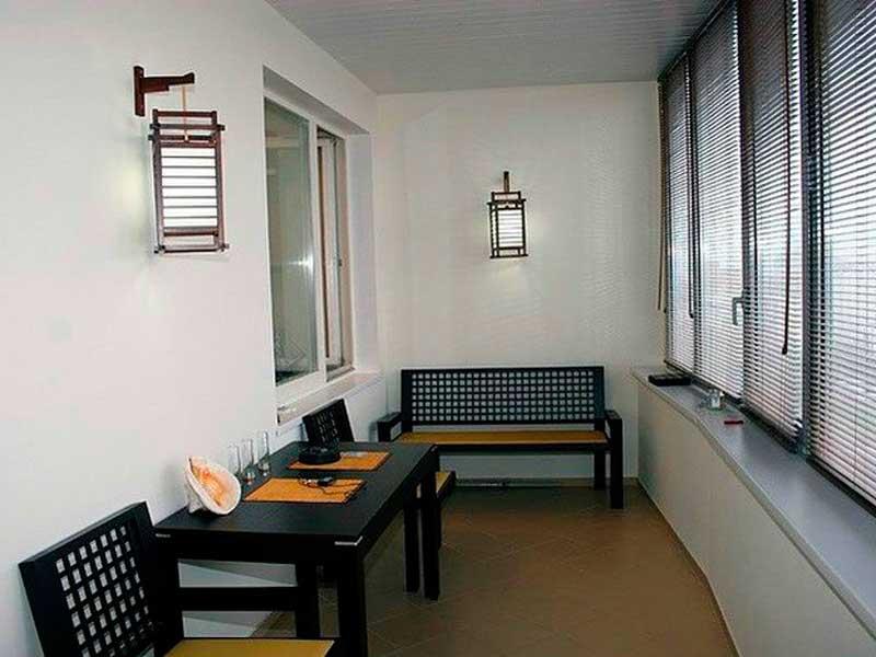 Балконы и лоджии под ключ, расширение, остекление и утеплени.
